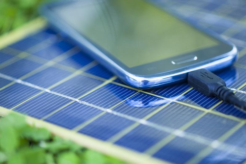 Solcelle oplader til mobil, tablet og USB-enheder - Sejegadgets.dk